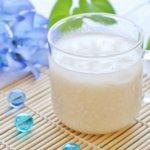 『甘酒』で美肌効果と便秘解消!?米こうじと酒かすどちらを選ぶ?